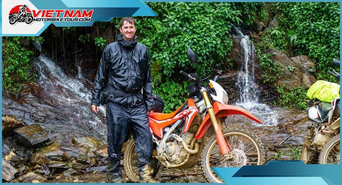 north-vietnam-motorcycle-tours-bai4.jpg